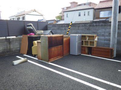 一宮市新生にて廃品の回収
