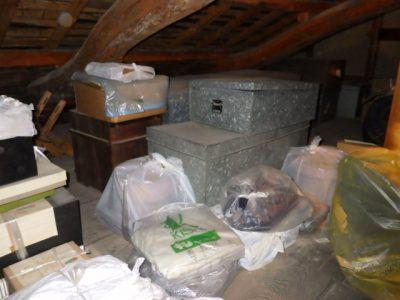 一宮市千秋で屋根裏の廃品回収